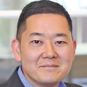 Matthew D Kim