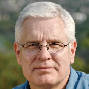 Richard E Stearns